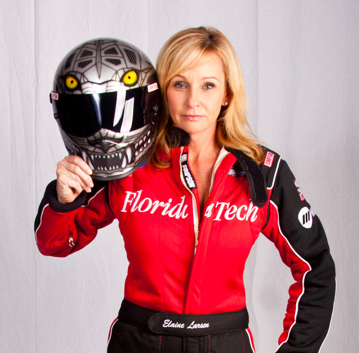 Elaine Larsen campaigns FIT Jet Dragster for 2016